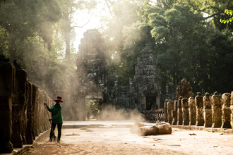 Steffen Rothammel, Temple cleaning (Cambodia, Asia)