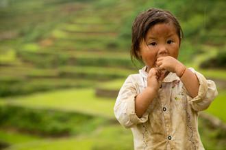 Steffen Rothammel, Mädchen in den Reisterrassen (Vietnam, Asia)