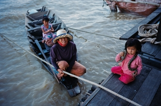 Jim Delcid, Cambodia Chong Kneas (Cambodia, Asia)
