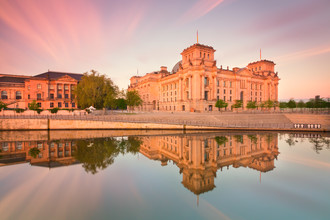 Matthias Makarinus, Reichstag Berlin Summer Reflection (Germany, Europe)