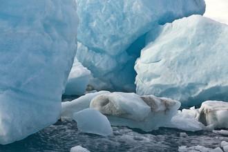 Markus Schieder, Blue Ice Rocks (Island, Europa)