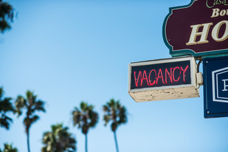 Lars Jacobsen, Vacancy (United States, North America)