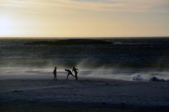 Gabriele Brummer, Kinder am Strand (Südafrika, Afrika)