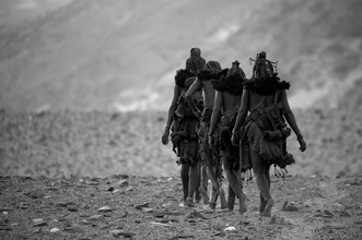 Himba woman - Fineart photography by Nicole Cambré