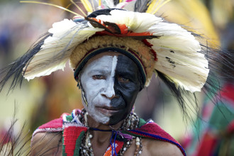 Ingetje Tadros, Tribal woman (Papua New Guinea, Oceania)