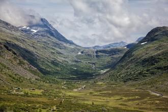 Silvia Becker, a Norwegian valley (Norway, Europe)