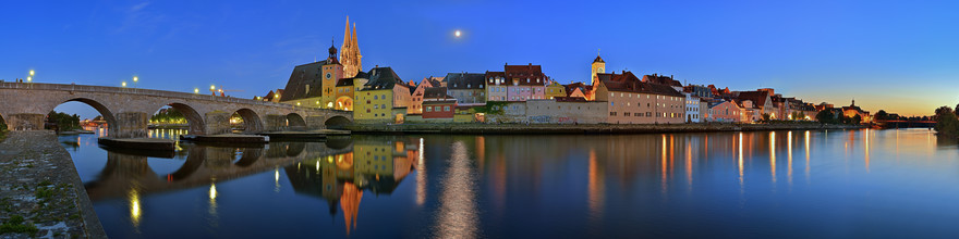 Regensburg - Fineart photography by Hans Altenkirch