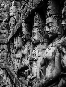Chris Blackhead, The spirit of Angkor (Cambodia, Asia)
