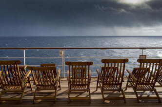 J. Daniel Hunger, Deckchair QM2 #1 (United States, North America)
