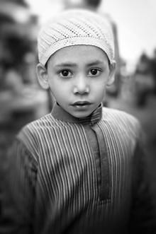 Victoria Knobloch, Kleiner Junge in Varanasi (Indien, Asien)