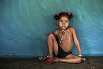 Ingetje Tadros, A birthday present (India, Asia)