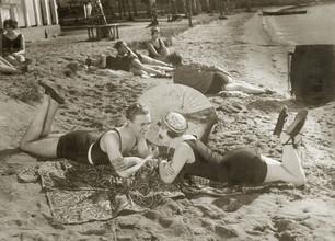 Süddeutsche Zeitung Photo, Strandszene 1927 (Deutschland, Europa)