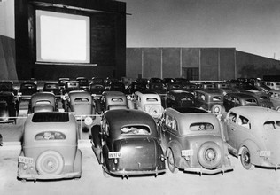 Süddeutsche Zeitung Photo, Drive-in Movie Theater (United States, North America)