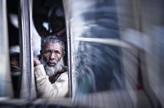 Victoria Knobloch, Mann im Bus (Bangladesh, Asien)
