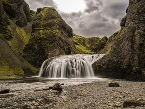 Christina Baumgartner, Grüne Sphinx im Tal der Wasser (Island, Europa)