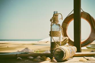 Jochen Fischer, at the beach (Portugal, Europa)
