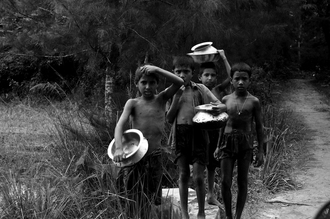 Sankar Sarkar, In search of water. (India, Asia)