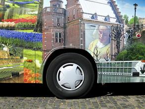 Anuschka Wenzlawski, Bus in Köln (Deutschland, Europa)