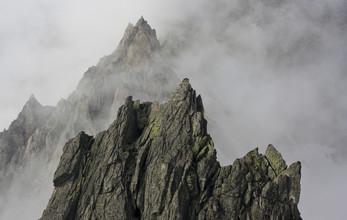 Berge im Nebel - fotokunst von Martin Kensy
