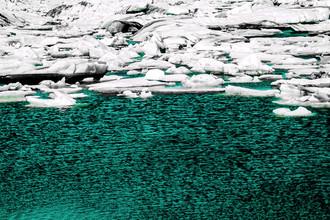 Susanne Kreuschmer, turquoise ice stream (Iceland, Europe)
