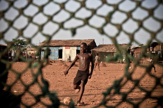 Tom Sabbadini, Penalty (Sierra Leone, Africa)