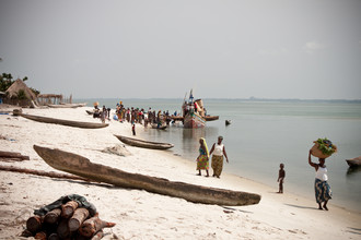 Tom Sabbadini, Das Handelsboot (Sierra Leone, Afrika)