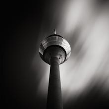 Patrick Opierzynski, Düsseldorf 2014, Rheinturm (Deutschland, Europa)