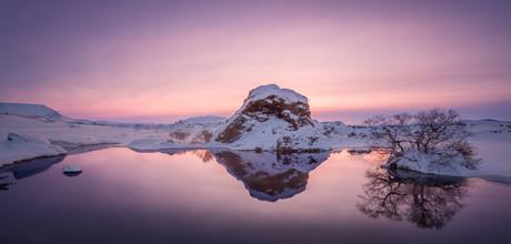 Markus Van Hauten, Pink reflections (Iceland, Europe)