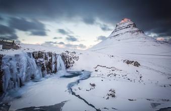 Markus Van Hauten, The first rays of sunlight (Iceland, Europe)