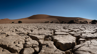 Dennis Wehrmann, dry lake sossusvlei (Namibia, Africa)