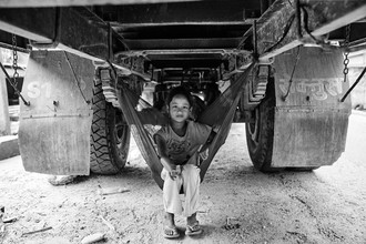 Jan Møller Hansen, The Truck Girl (Nepal, Asia)