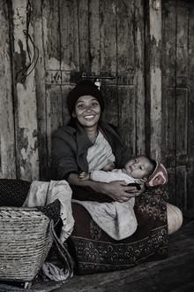 Jan Møller Hansen, Mother and child (Nepal, Asia)