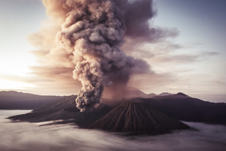 Bromo #1 - Fineart photography by Florian Büttner