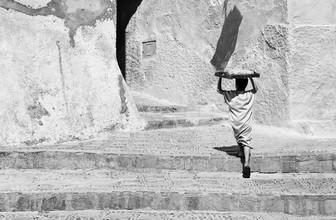 Victoria Knobloch, Bäckersjunge in der Medina (Marokko, Afrika)