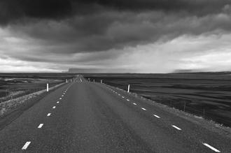 Daniel Schoenen, Straße durch die Lava (Iceland, Europe)