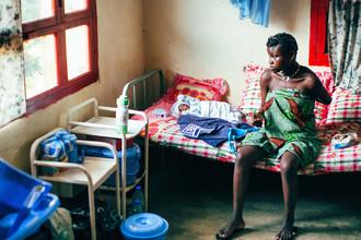 Oliver Ostermeyer, Newborn (Cameroon, Africa)