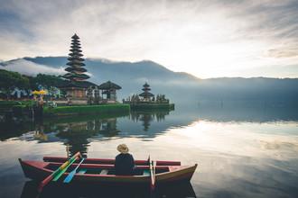 Christian Seidenberg, Man at the Temple (Indonesia, Asia)