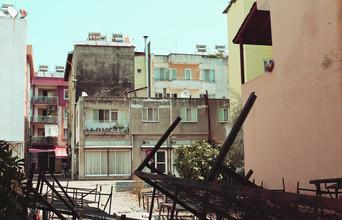 Ivonne Wentzler, COURTYARD (Türkei, Europa)