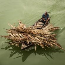 Sebastian Rost, man at work (Vietnam, Asia)