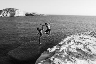 Emmanuele Contini, Sprung in die Freiheit (Italien, Europa)