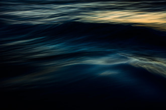 The Uniqueness of Waves IV - fotokunst von Tal Paz Fridman