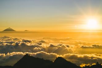 Daniel Flamme, Rinjani Sonnenuntergang mit Blick auf Bali (Indonesien, Asien)