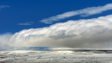 Gabi Kuervers, Landschaft linear I (Island, Europa)