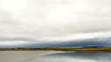 Gabi Kuervers, Landschaft linear IX (Iceland, Europe)