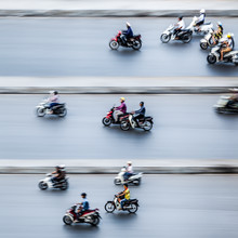Jörg Faißt, Moped Riders #1 in Hanoi (Vietnam, Asia)