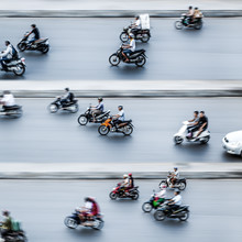 Jörg Faißt, Moped Riders #3 in Hanoi (Vietnam, Asia)