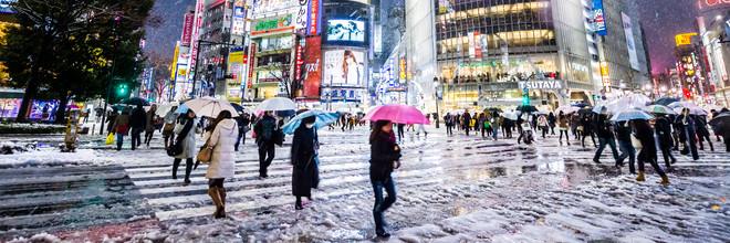 Shibuya Crossing in Winter #10 - Fineart photography by Jörg Faißt