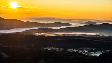 Dejan Dajkovic, Sunrise Over the Mountain Range (Montenegro, Europe)