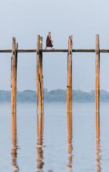 Anne Beringmeier, Der Mönch auf der Brücke (Myanmar, Asien)