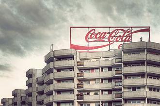Coca Cola - fotokunst von Michael Belhadi